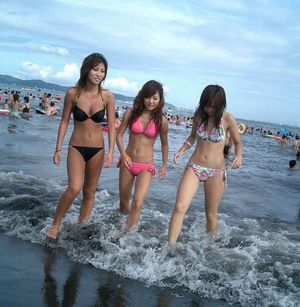 asian bikini hotties