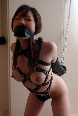 I train my girlfriend. Asian slave ready to experience the sweet pain