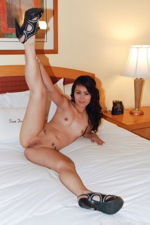 asian girl nude pic